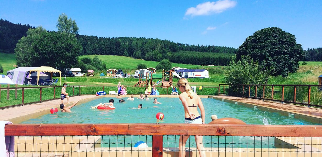 Zwembad Camping Chvalsiny